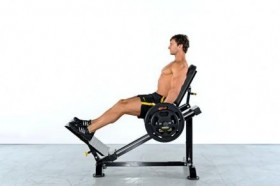 Ingrossate a dismisura le gambe con il nuovo Powertec Compact Leg Sled - Power Rack