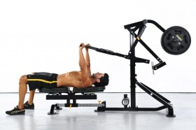 Interval training metabolico con la Compact Gym Powertec - Power Rack